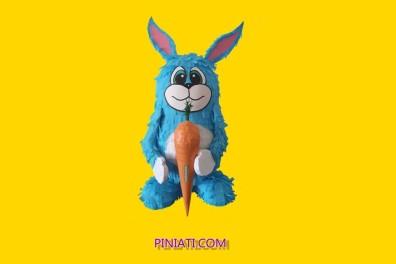 Пинята синьо зайче
