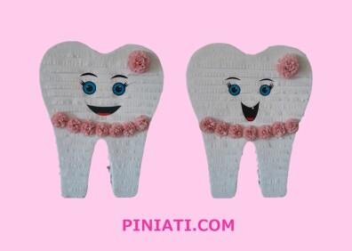 Пинята Усмихнато зъбче